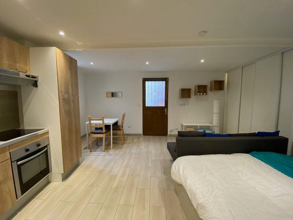 Appartement à vendre 1 26m2 à Nice vignette-2