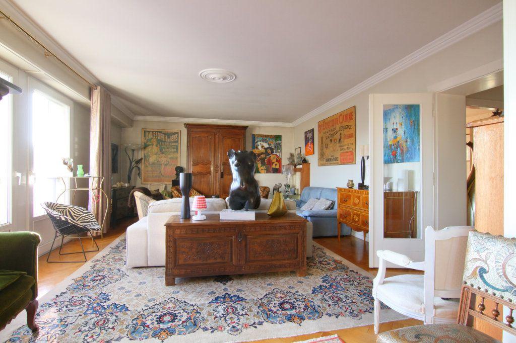 Appartement à vendre 6 171.15m2 à Thionville vignette-2