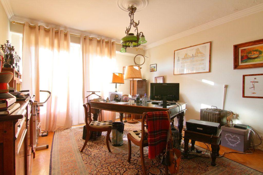 Appartement à vendre 6 171.15m2 à Thionville vignette-10