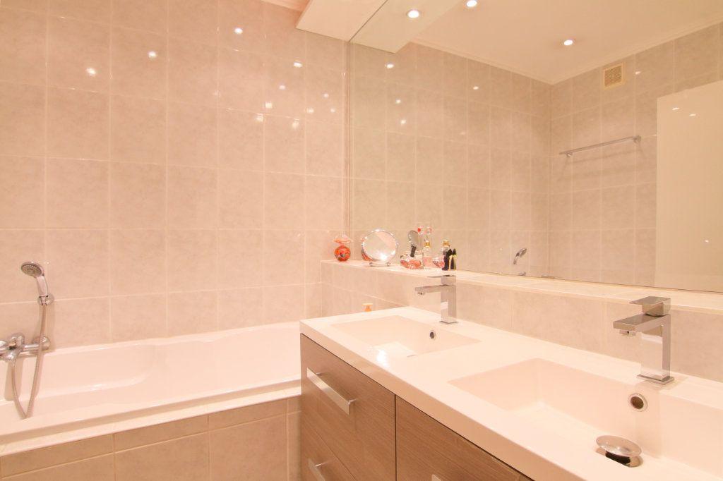Appartement à vendre 6 171.15m2 à Thionville vignette-15