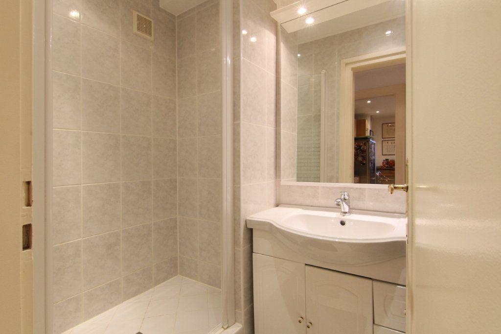 Appartement à vendre 6 171.15m2 à Thionville vignette-16