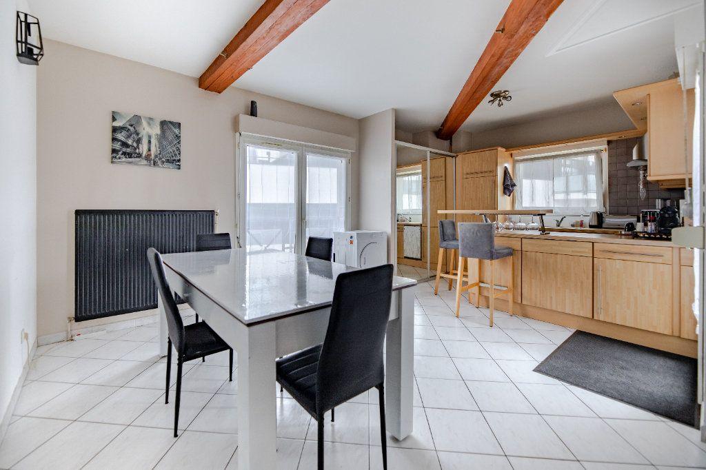 Appartement à vendre 4 85.55m2 à Thionville vignette-5