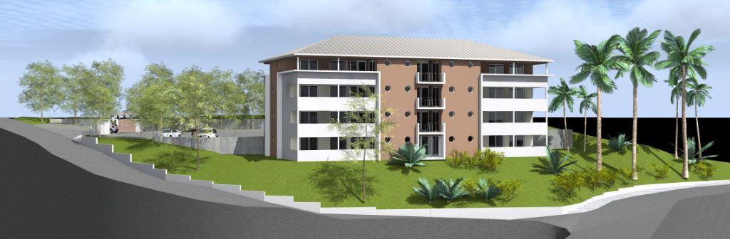 Appartement à vendre 2 60m2 à Fort-de-France vignette-1