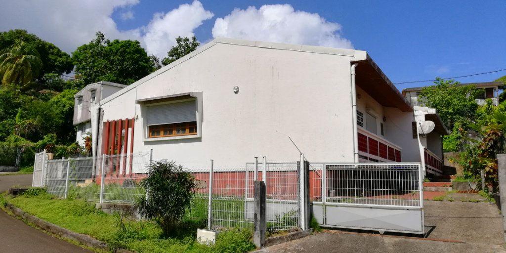 Maison à vendre 7 160m2 à Le Lorrain vignette-3