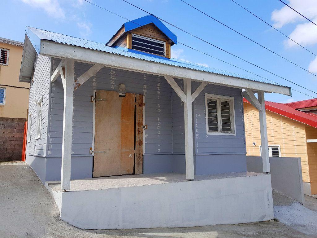 Maison à vendre 3 64.06m2 à Fort-de-France vignette-1