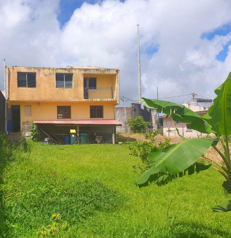Maison à vendre 7 192.01m2 à Le Morne-Rouge vignette-1