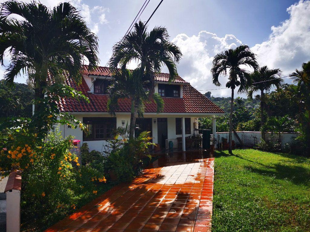 Maison à vendre 7 220m2 à Rivière-Salée vignette-1