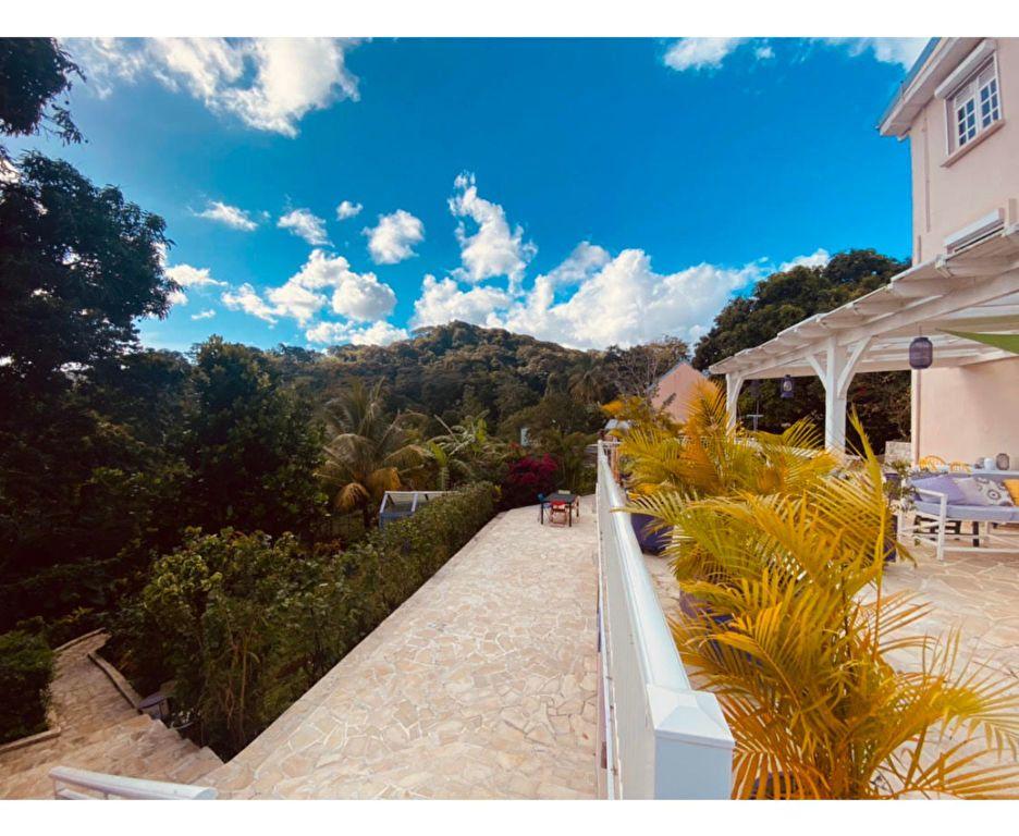Maison à vendre 7 304.88m2 à Saint-Joseph vignette-1