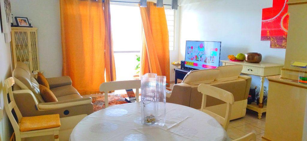 Appartement à vendre 3 83.25m2 à Fort-de-France vignette-3