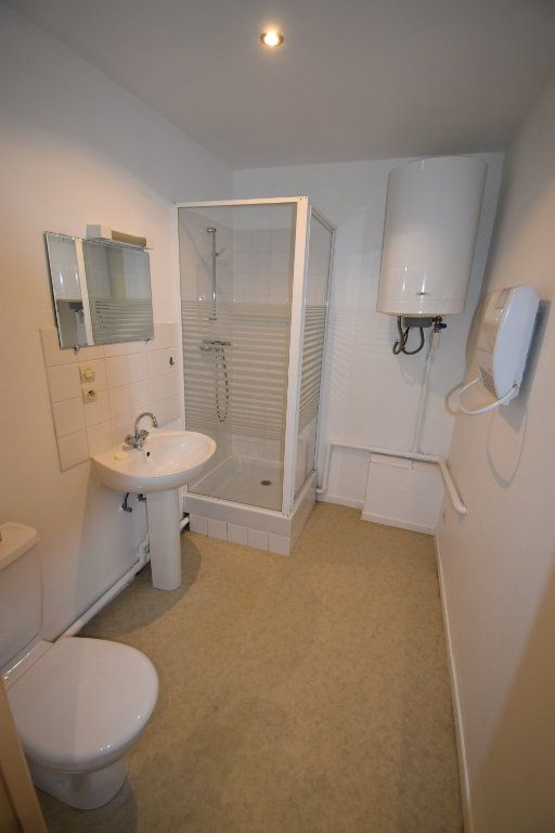 Appartement à louer 1 19.37m2 à Silly-sur-Nied vignette-6