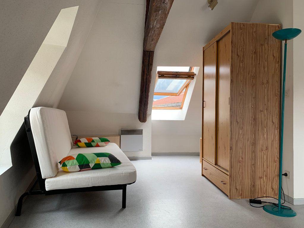 Appartement à louer 1 28m2 à Metz vignette-2