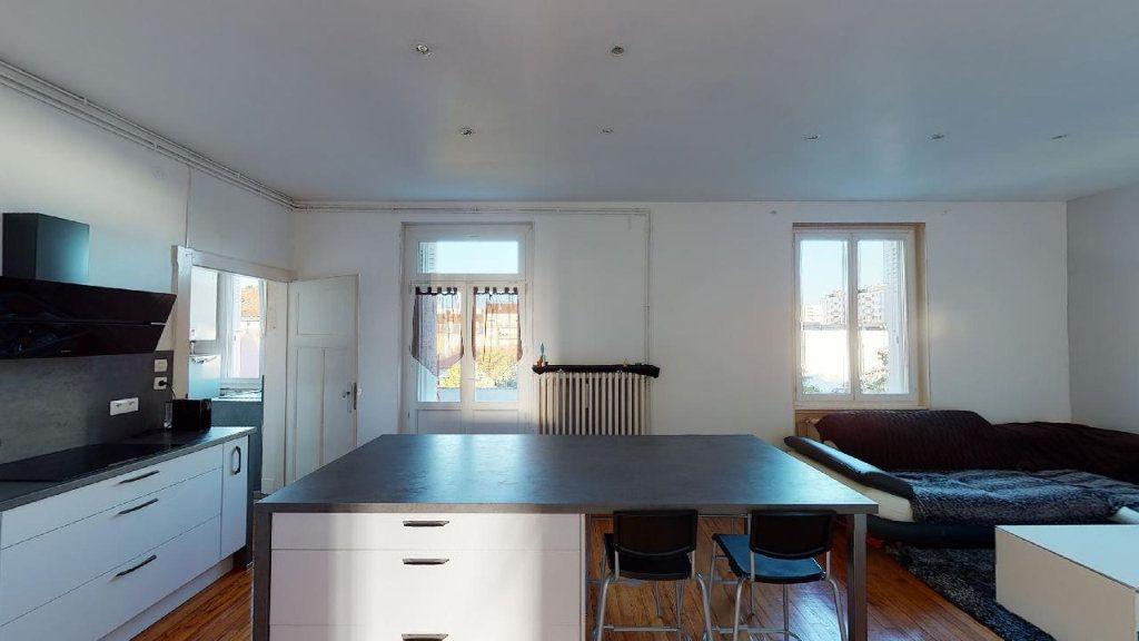 Appartement à louer 3 84m2 à Metz vignette-2