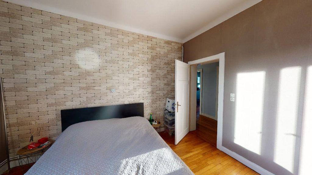 Appartement à louer 3 84m2 à Metz vignette-4