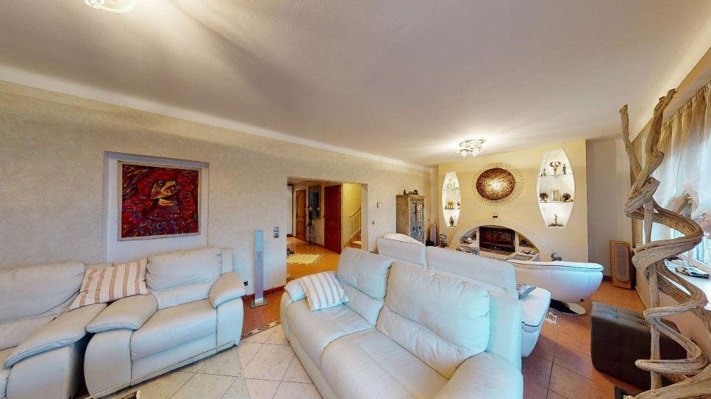 Appartement à louer 5 162.18m2 à Metz vignette-1