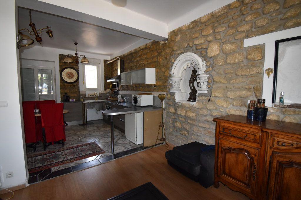 Appartement à louer 2 53m2 à Metz vignette-2