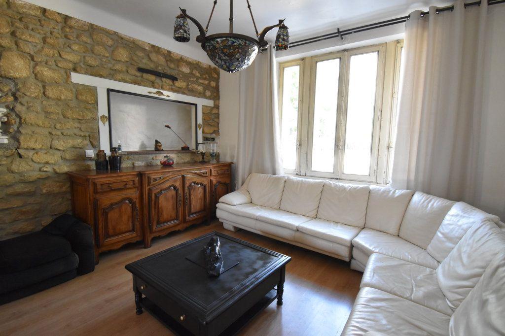 Appartement à louer 2 53m2 à Metz vignette-4