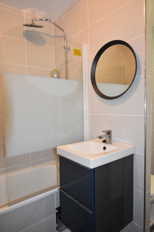 Appartement à louer 1 36.4m2 à Metz vignette-4