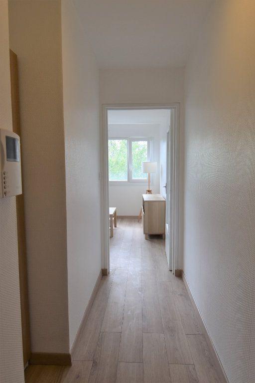 Appartement à louer 1 36.4m2 à Metz vignette-5