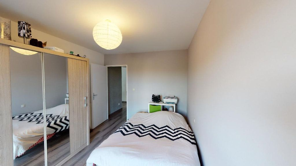 Appartement à vendre 4 82.39m2 à Courcelles-sur-Nied vignette-4