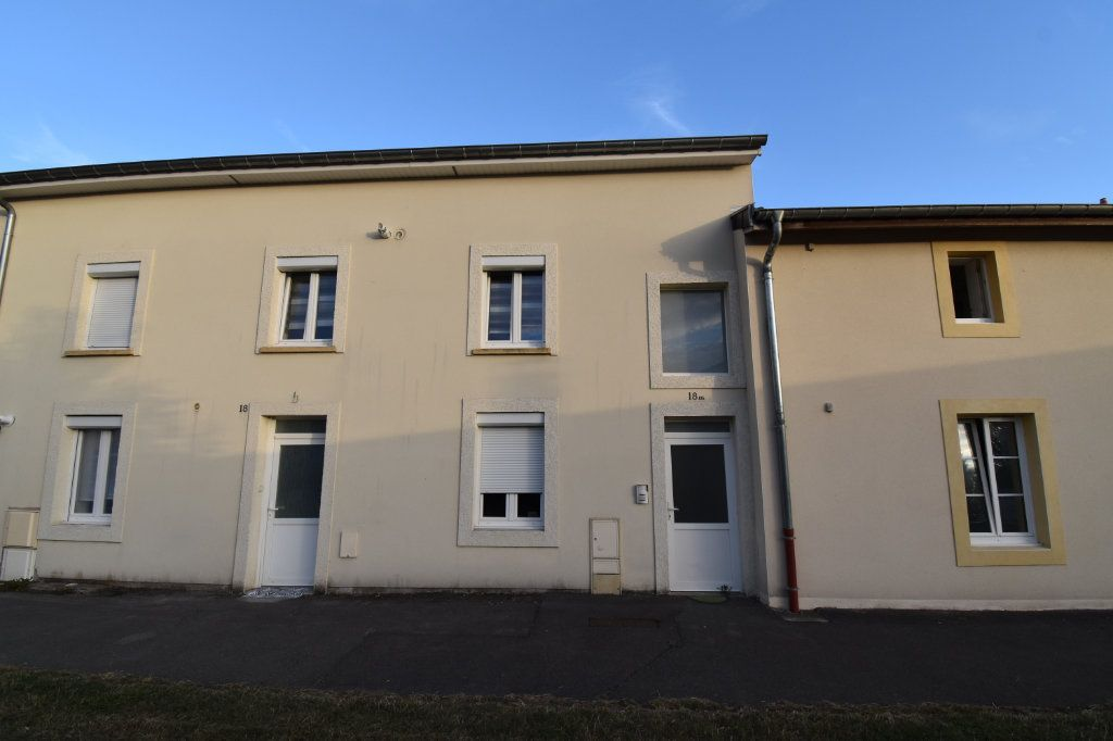 Appartement à vendre 4 82.39m2 à Courcelles-sur-Nied vignette-6