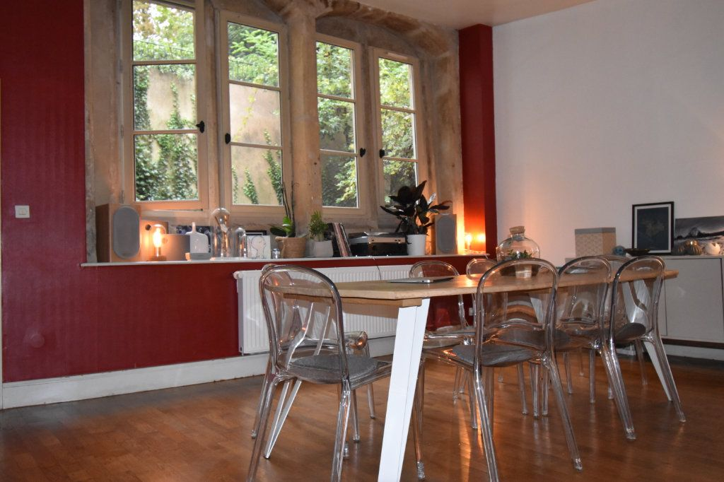 Appartement à louer 5 159m2 à Metz vignette-1