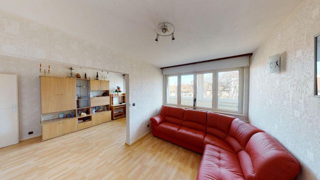 Appartement à vendre 5 95.33m2 à Metz vignette-2
