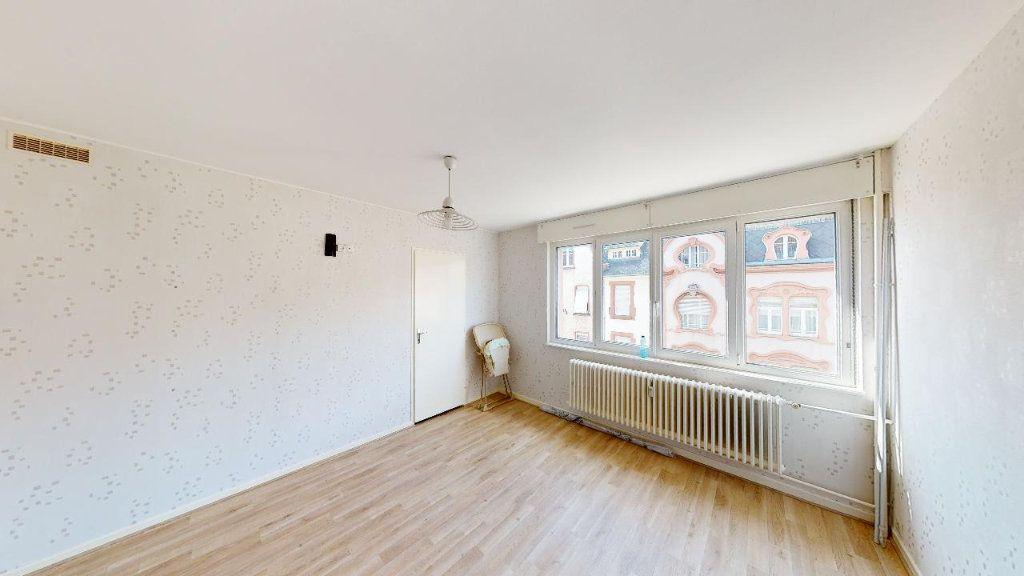Appartement à vendre 5 95.33m2 à Metz vignette-7