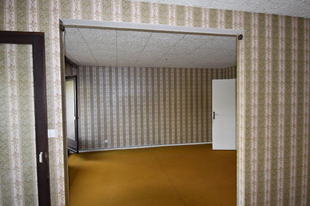 Appartement à vendre 3 69.94m2 à Metz vignette-3
