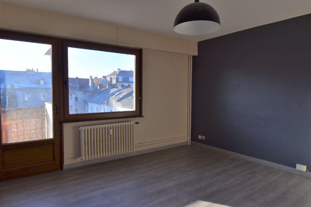 Appartement à louer 3 60.61m2 à Metz vignette-3