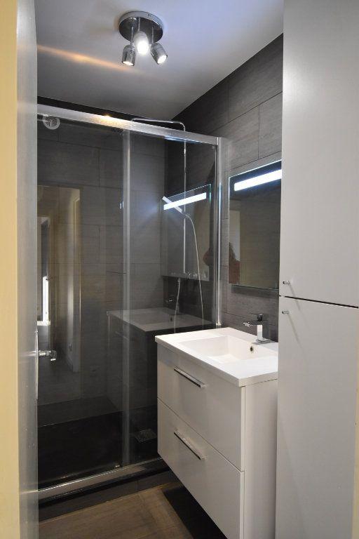 Appartement à louer 3 60.61m2 à Metz vignette-6