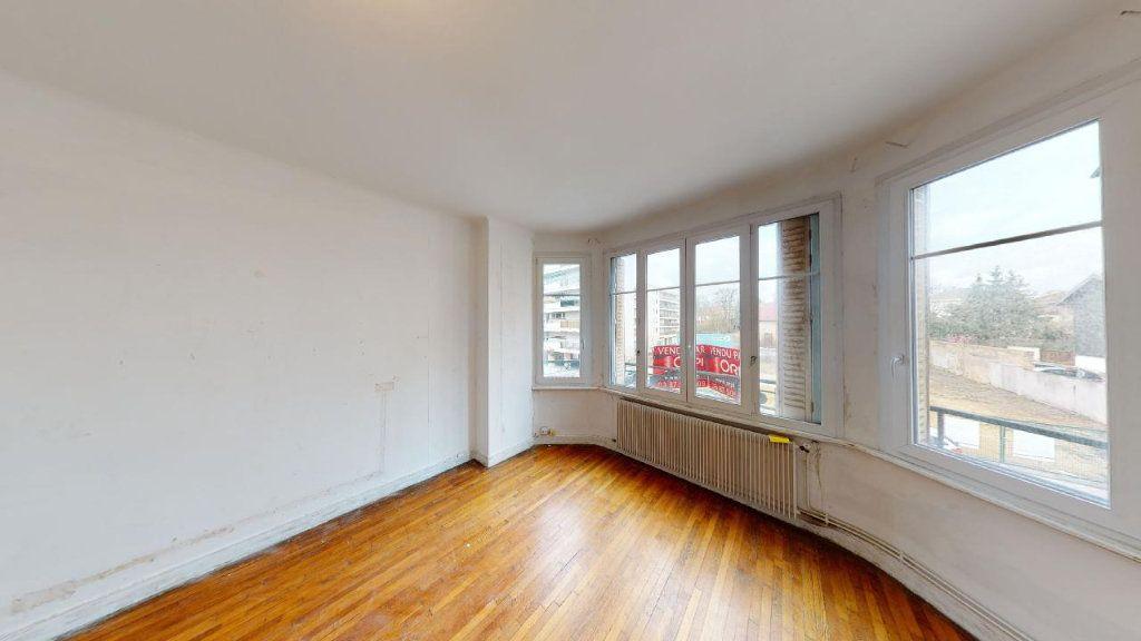 Appartement à vendre 3 72.28m2 à Metz vignette-2