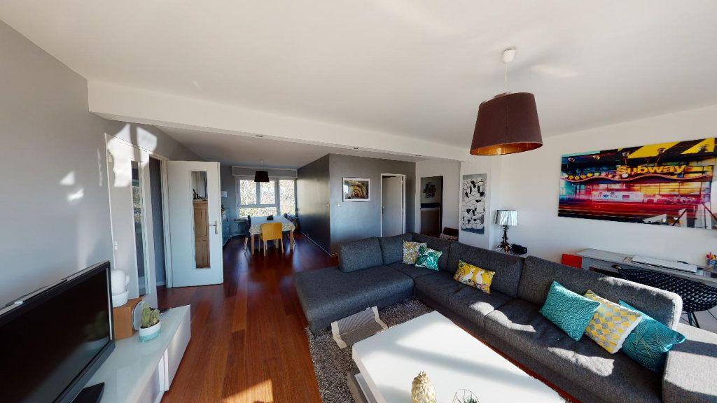 Appartement à vendre 6 119.27m2 à Metz vignette-2