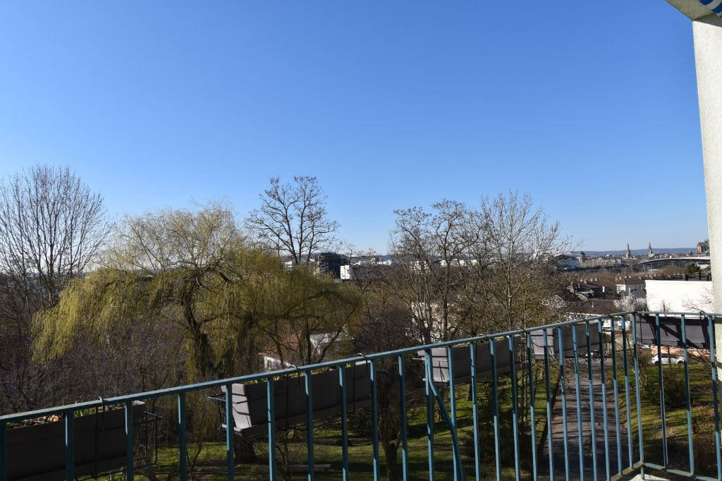 Appartement à vendre 6 119.27m2 à Metz vignette-9
