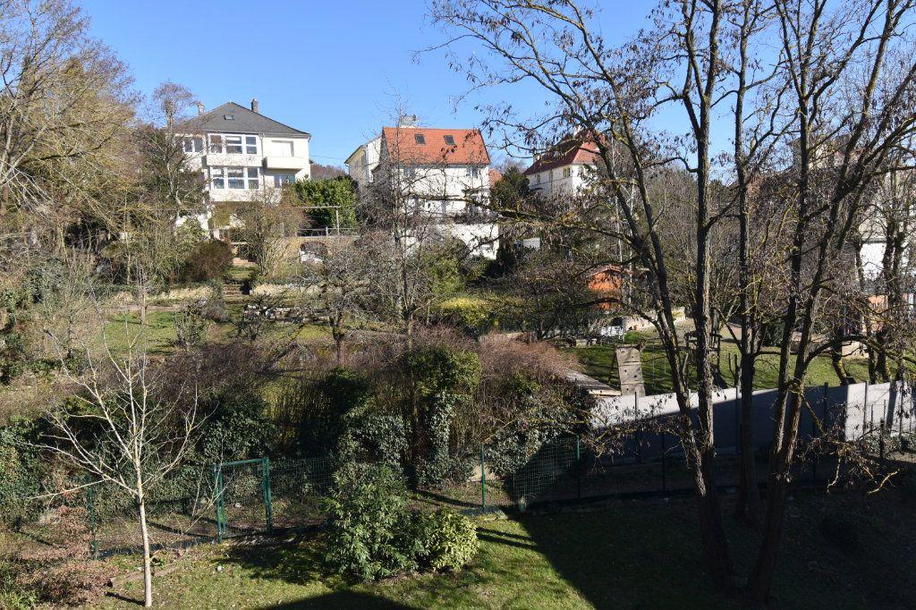 Appartement à vendre 6 119.27m2 à Metz vignette-11