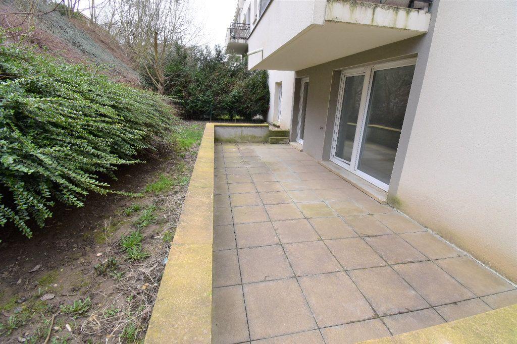 Appartement à louer 3 68.35m2 à Metz vignette-1