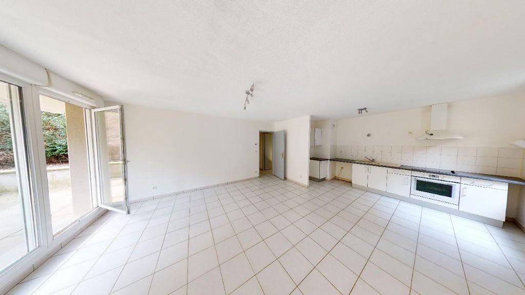 Appartement à louer 3 68.35m2 à Metz vignette-2