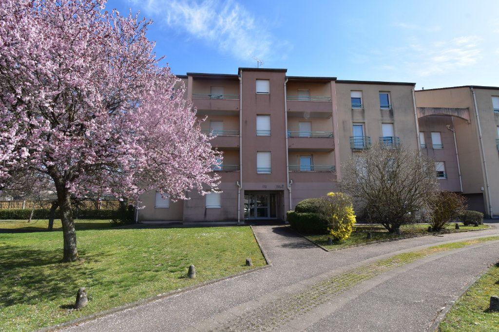 Appartement à louer 1 18.46m2 à Metz vignette-1