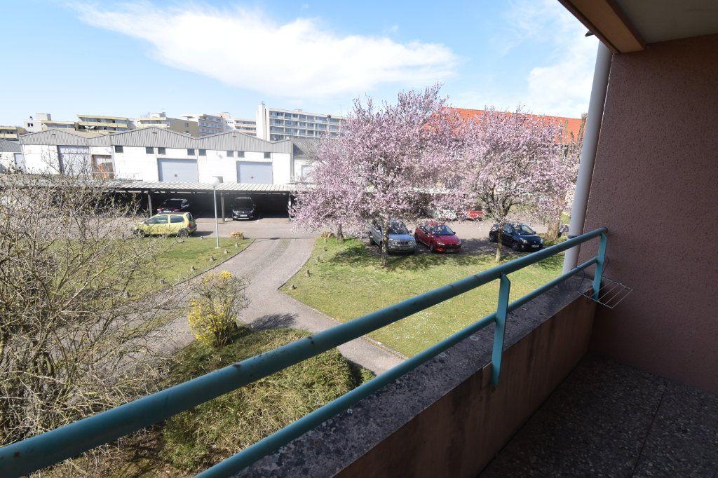 Appartement à louer 1 18.46m2 à Metz vignette-4