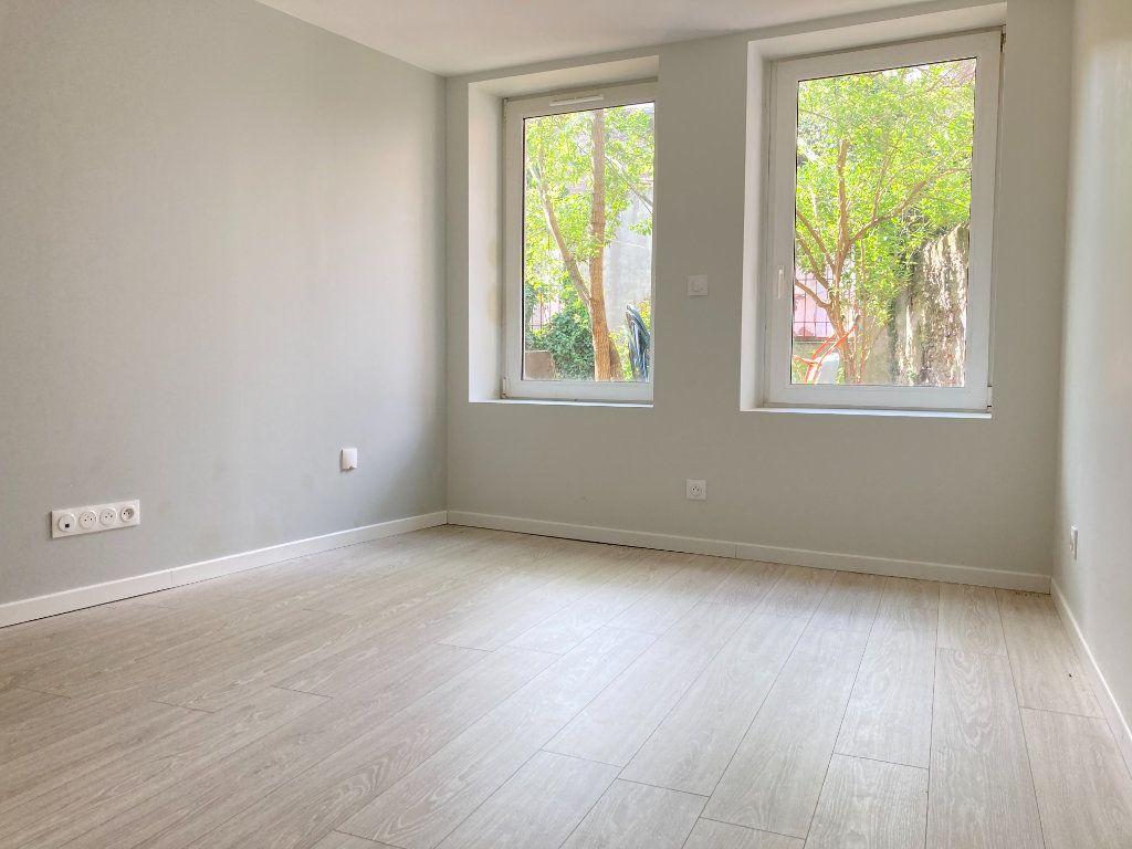 Appartement à louer 1 23.18m2 à Ars-sur-Moselle vignette-1