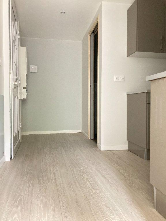 Appartement à louer 1 23.18m2 à Ars-sur-Moselle vignette-5