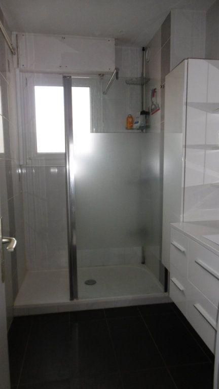 Appartement à louer 2 49.7m2 à Metz vignette-3