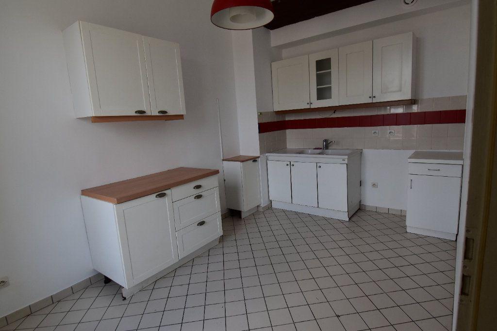 Appartement à louer 5 122.5m2 à Metz vignette-1