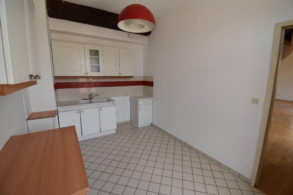 Appartement à louer 5 122.5m2 à Metz vignette-2