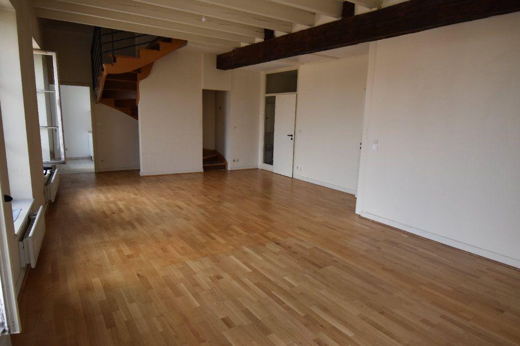 Appartement à louer 5 122.5m2 à Metz vignette-3