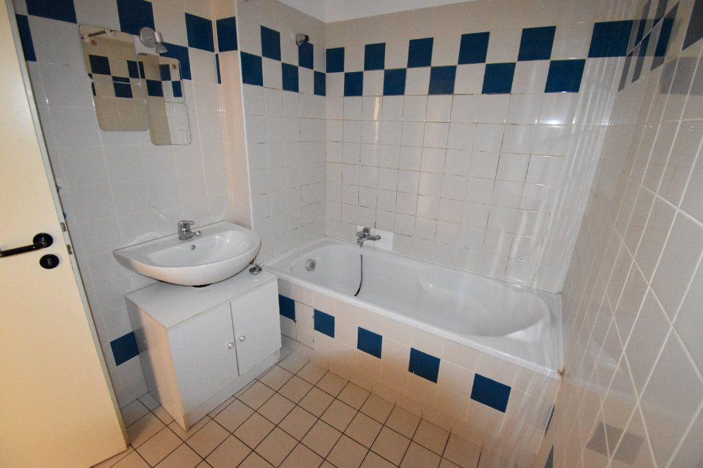 Appartement à louer 5 122.5m2 à Metz vignette-5
