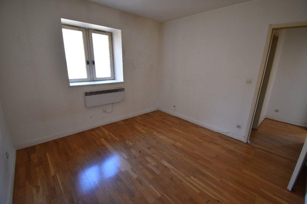 Appartement à louer 5 122.5m2 à Metz vignette-6