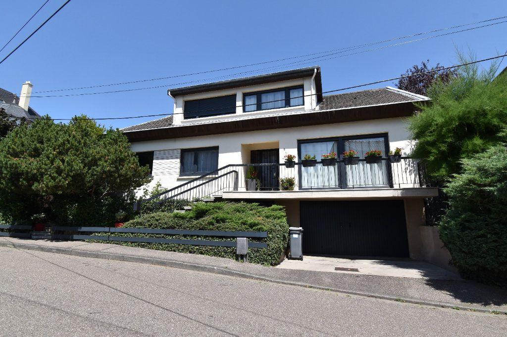 Maison à vendre 10 225m2 à Metz vignette-1