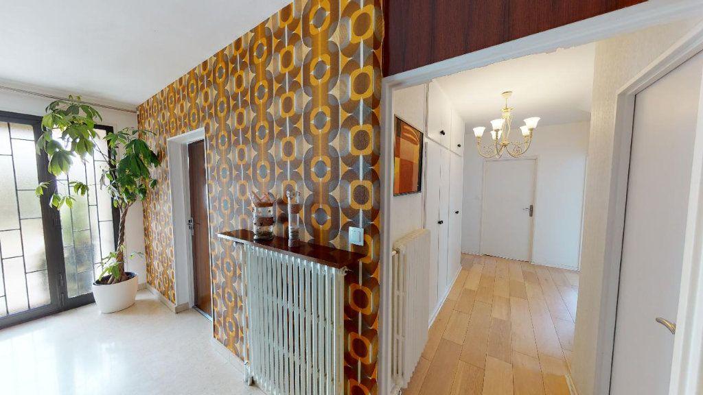 Maison à vendre 10 225m2 à Metz vignette-3
