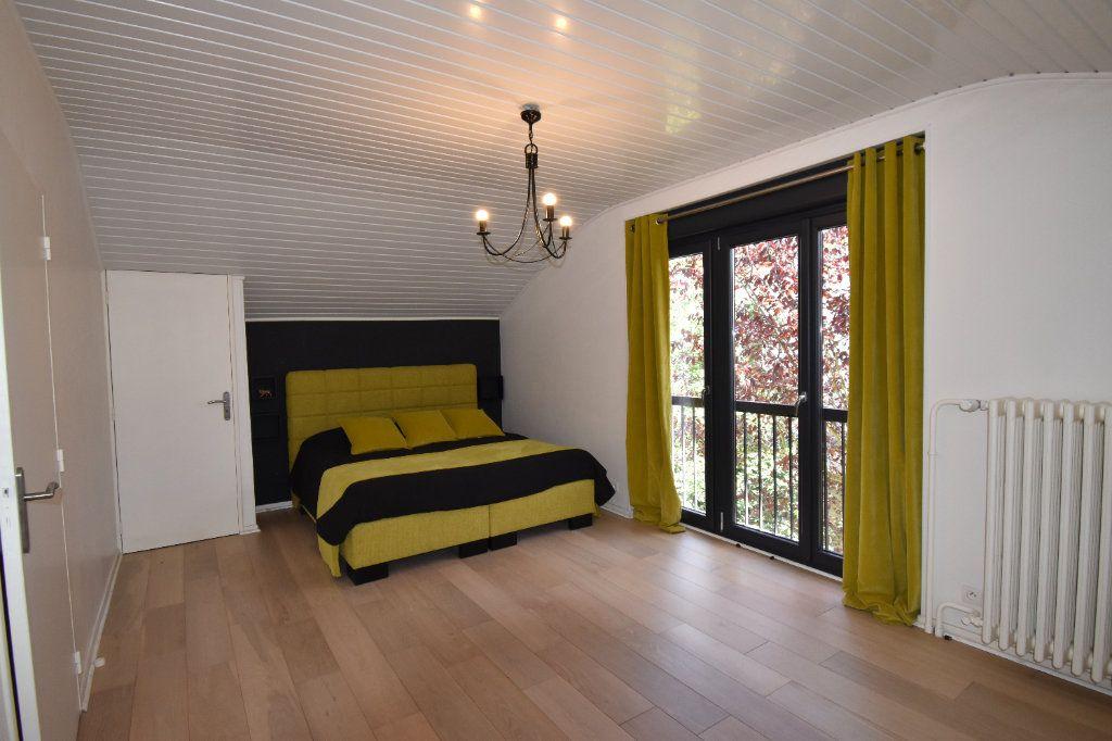 Maison à vendre 10 225m2 à Metz vignette-6