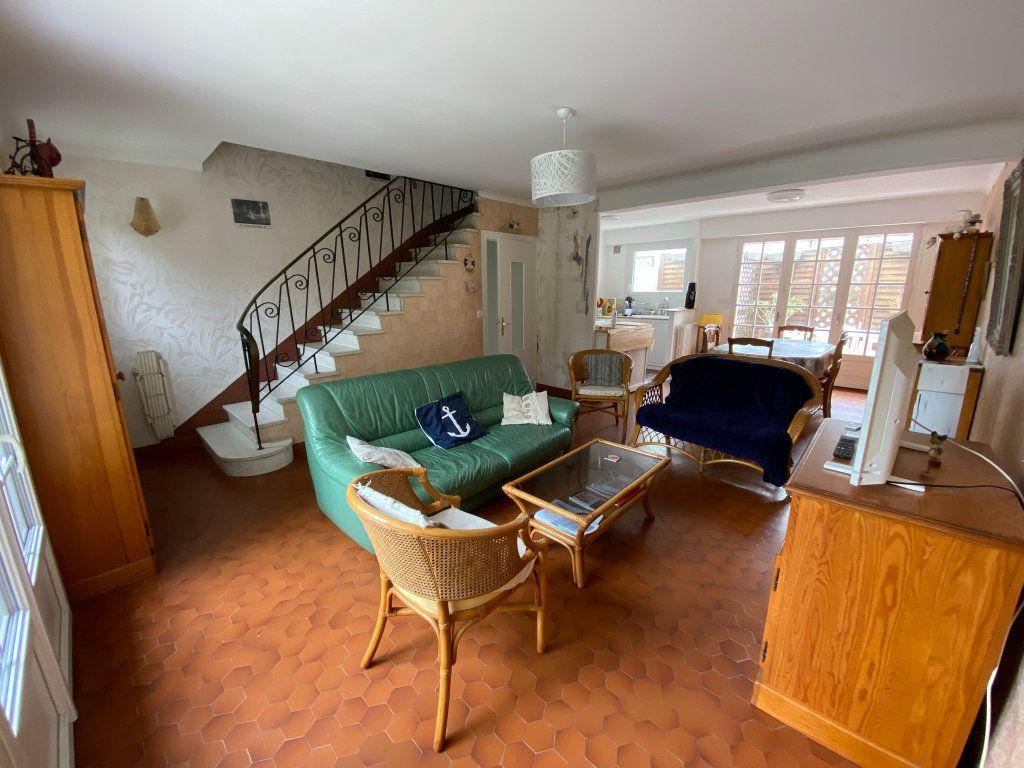 Appartement à vendre 4 97.94m2 à La Baule-Escoublac vignette-4